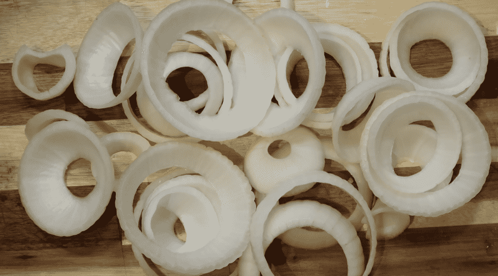 Showing onion rings laid out.