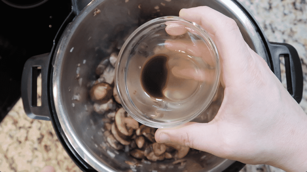 Adding Worcestershire sauce or sugar-free steak sauce to the pot